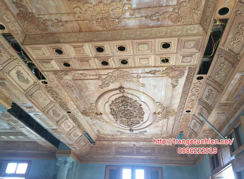 trần gỗ cổ điển tại hải phòng