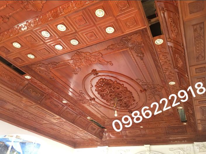 trần gỗ gõ đỏ cổ điển